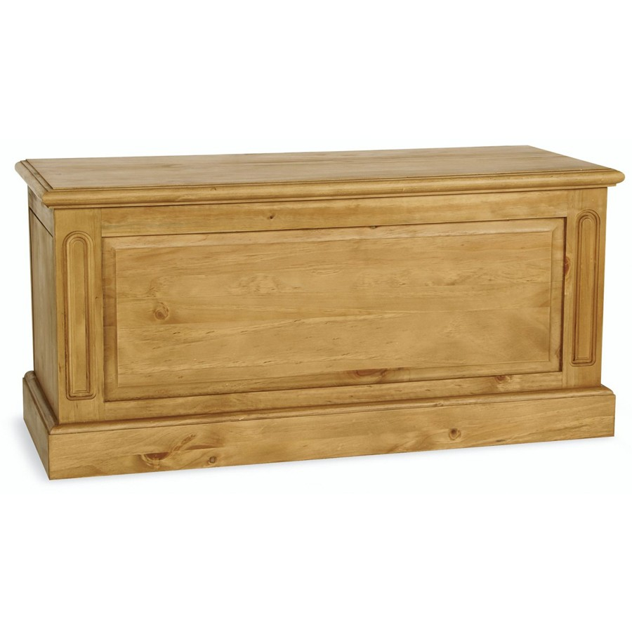Sherwood Pine Blanket Box